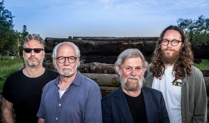 Mannen met Baarden, vlnr Marc Lemmen, Karel van Bokhoven, Bart van Asten en Martijn Kuijten.