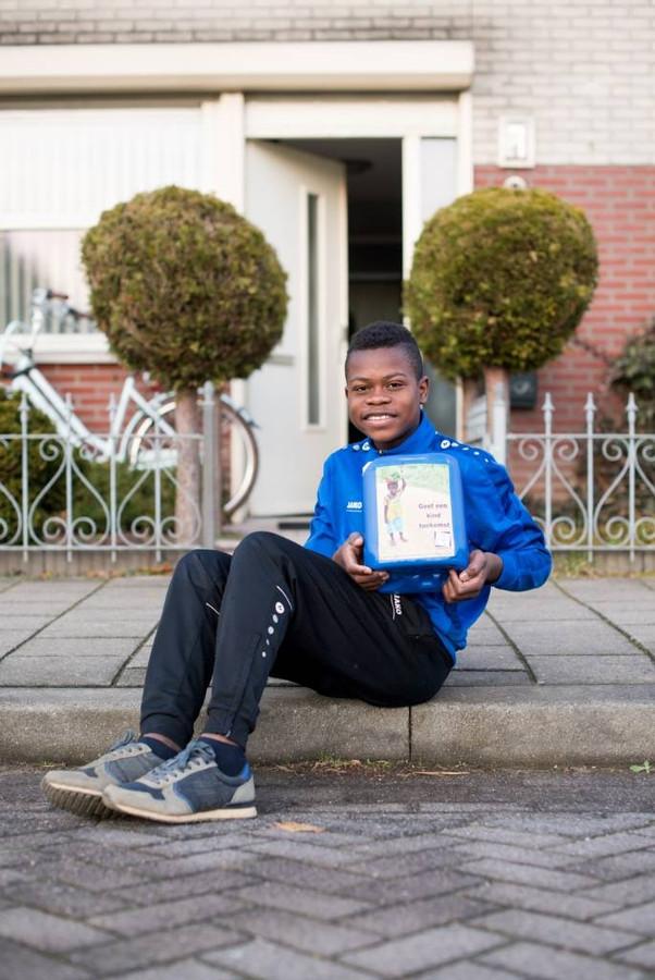 Jerome wordt 10 maar hij wil geen cadeaus voor zijn for Geen cadeau voor verjaardag