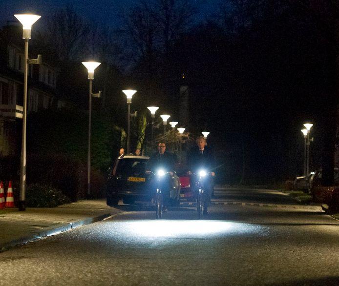 De storing in de openbare verlichting in Twello kan vanwege de hitte nog niet worden verholpen.