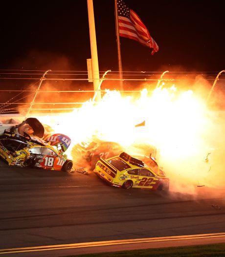 Chaos en vuur na heftige crashes bij 500 Mijl Daytona