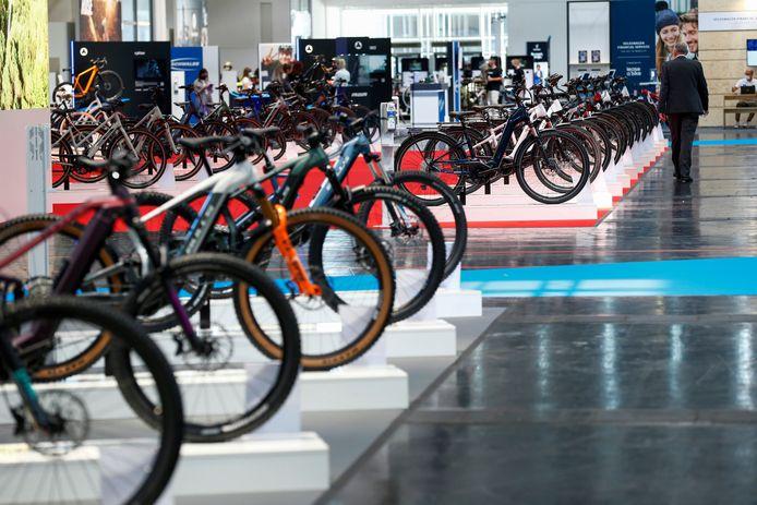 De Internationale Automobil Ausstellung (IAA) is nu een mobiliteitsbeurs, waar ook fietsen het podium krijgen.