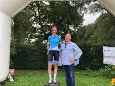 Winst in Ronde van Goor voor Haike Verbree en Roy Eefting