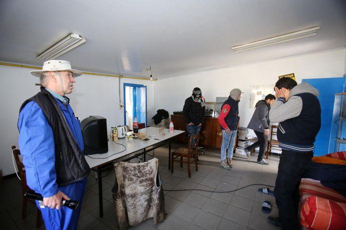 Transmigranten blijven ook leegstaande panden binnendringen in Zeebrugge (hier een archiefbeeld van een scheepswerf)