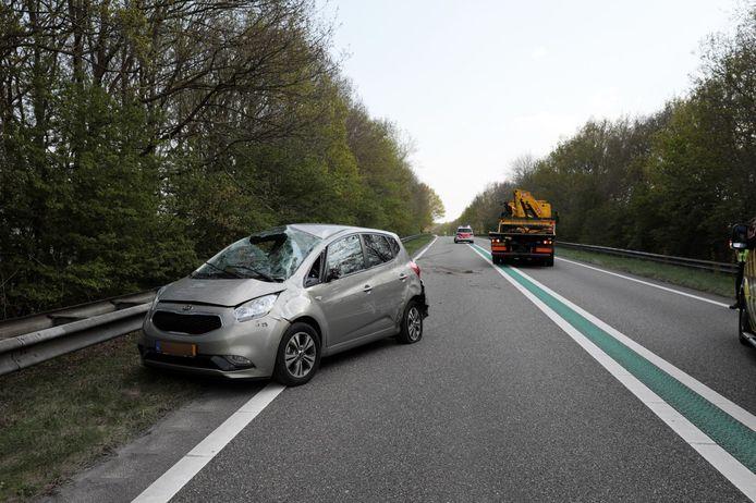 Bij het ongeval op de N48 bij Balkbrug raakte tenminste  één persoon gewond.