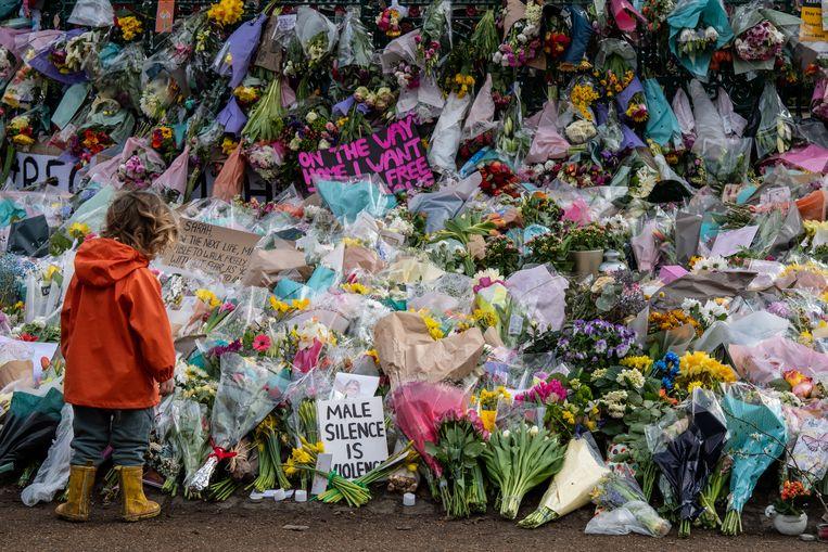 Bloemen voor Sarah Everard.  Beeld Getty Images