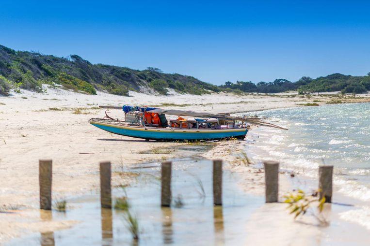 Vissersbootjes en zandduinen om helemaal bij weg te dromen. Beeld Thinkstock