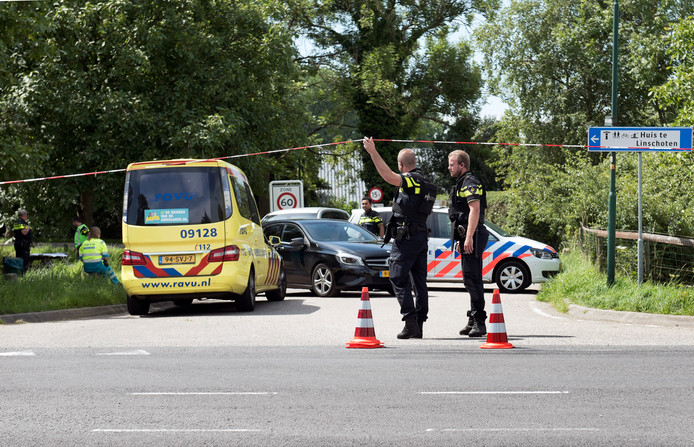 Klopjacht in Linschoten, waar in juli gezocht wordt naar Teunis Z., die zijn vriendin heeft doodgestoken.