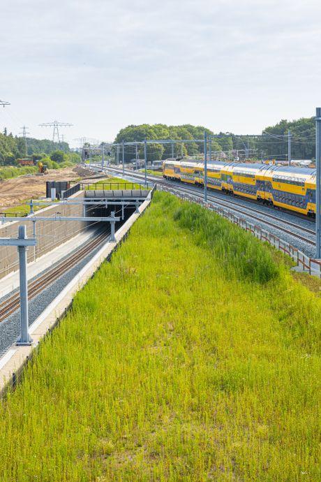 Herfte is er klaar voor: morgen duikt eerste trein tussen Zwolle en Dalfsen de tunnel in