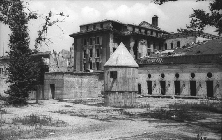Een archieffoto van de 'Führerbunker' in Berlijn. Beeld Wikimedia Commons / German Federal Archives / Allgemeiner Deutscher Nachrichtendienst - Zentralbild (Bild 183)