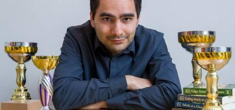 Bosschenaar brengt shogi-toernooi: 'Een agressieve variant van schaken'
