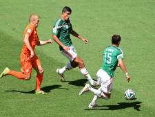 Huntelaar schiet Oranje in extremis langs Mexicanen