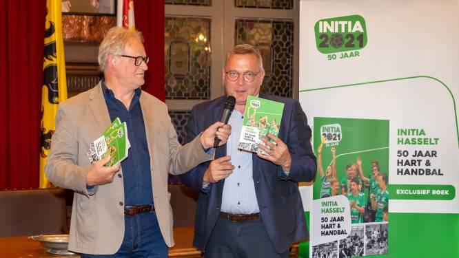 Hasseltse handbalclub Initia viert vijftigste verjaardag met gloednieuw verhalenboek