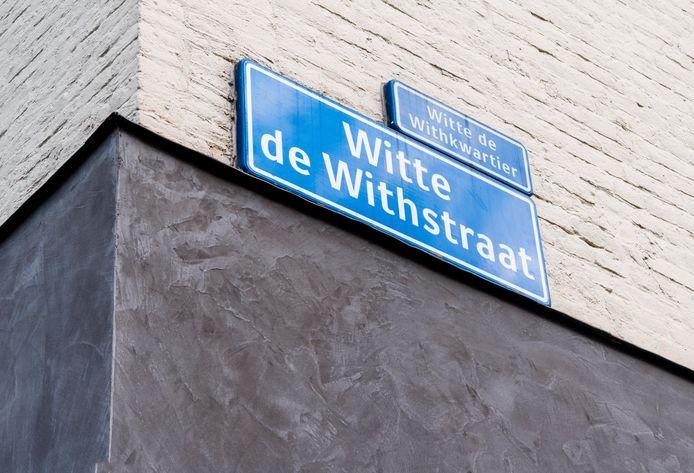 Ook de Witte de Withstraat is volgens sommigen een omstreden straatnaam.