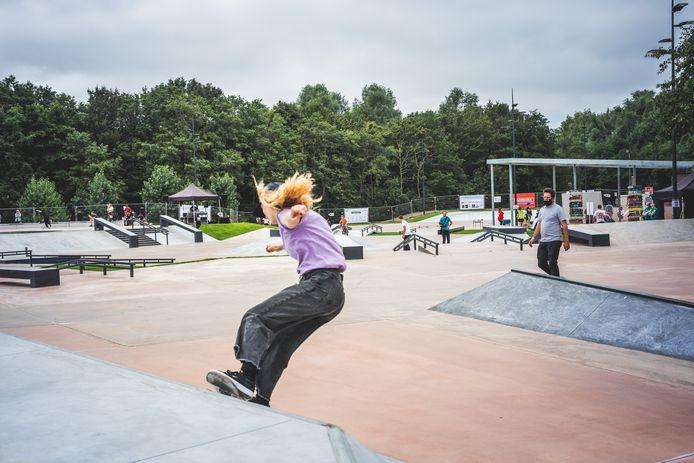 Het skatepark aan de Blaarmeersen is weer volledig open
