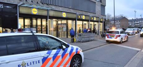 Agressieve winkeldief slaat beveiliger in zijn gezicht in Breda