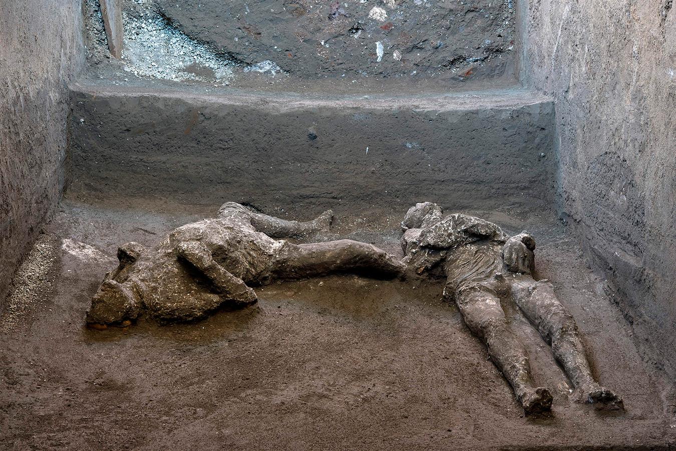 De twee mannen werden gevonden tijdens recente opgravingen van een villa in Civita Giuliana in de buitenwijken van Pompeï.
