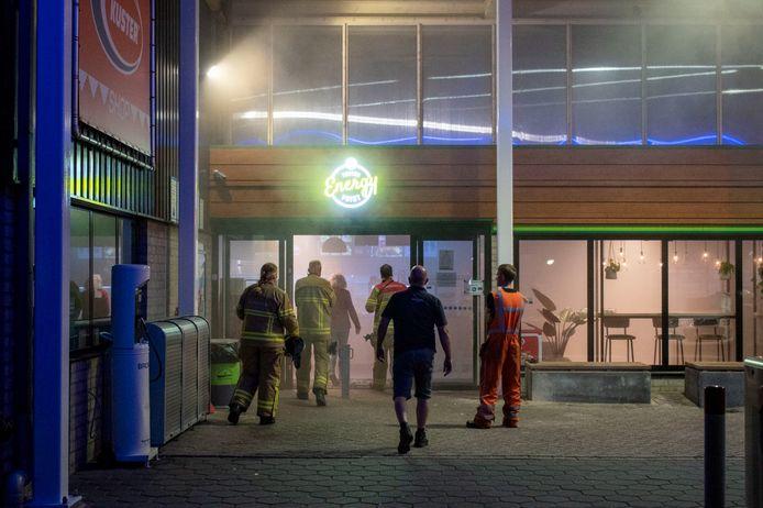 Het tankstation in Didam kwam vol rook te staan.