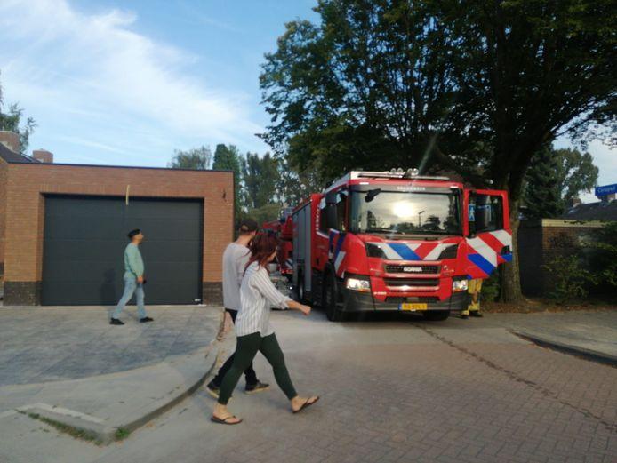 De brandweer aan het Corapad.