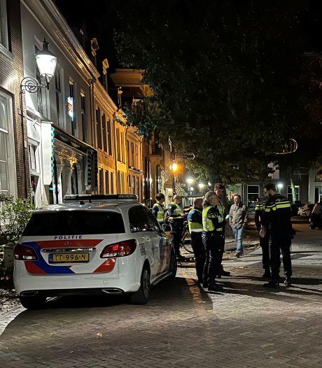 Politie over vechtpartij in Deventer: 'We onderzoeken of het gaat om geweld tegen homo's'
