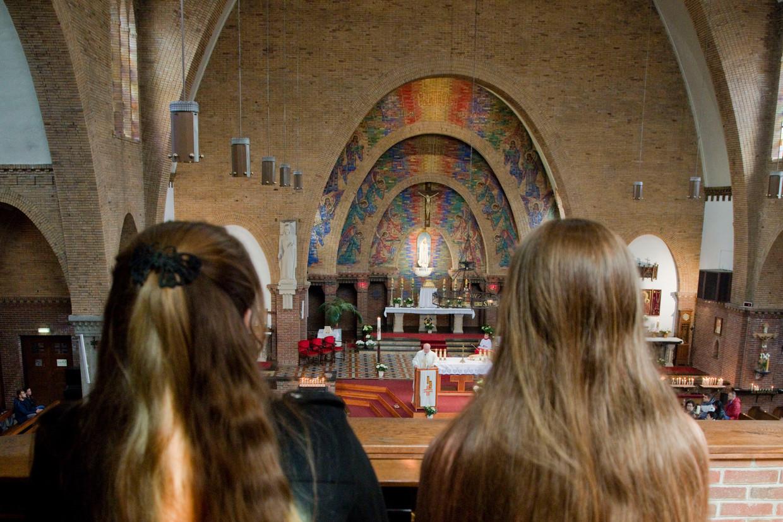 Een Poolse Katholieke kerkdienst in Rotterdam.