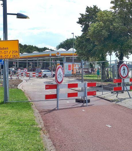Opluchting voor fietsers Maasboulevard: gemeente verwijdert gevaarlijke 'tarzanbochten'