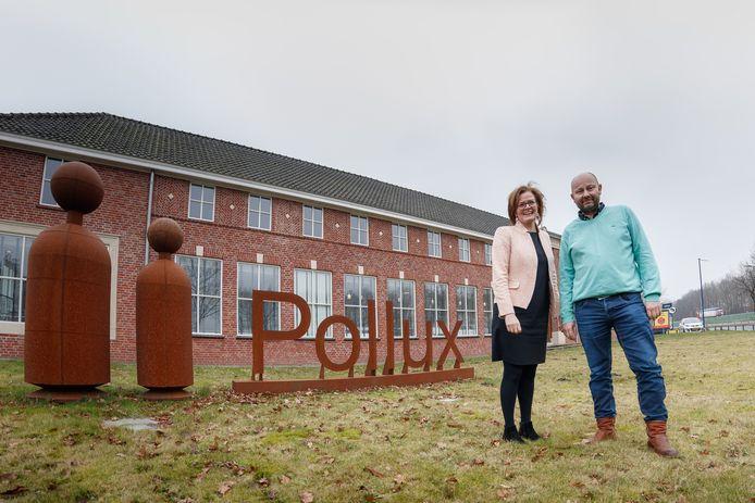 Henriëtte Petersen en Grzegorz Pawnuk vormen de directie van internationaal uitzendbureau Pollux. Ze houden kantoor in het voormalige pand van Indiana Rubber aan de Ettenseweg.