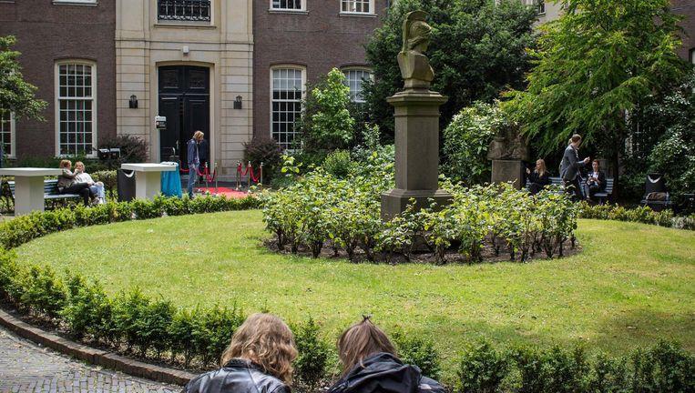 De regels op basis waarvan de Universiteit van Amsterdam aspirant-geneeskunde studenten toelaat is door de verkeerde persoon vastgesteld Beeld Floris Lok