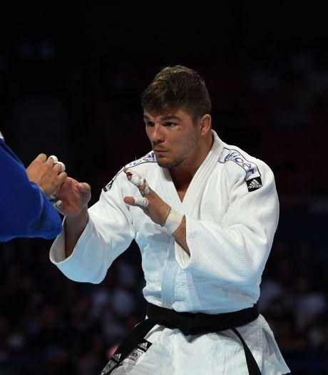 FC Utrecht huldigt judoka Van 't End in Galgenwaard voor wereldtitel