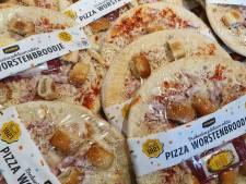Jumbo komt met Pizza Worstenbrood: 'Nee, gewoon nee. Blijf van worstenbroodjes af'