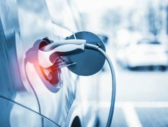 HET DEBAT. Is het een goed idee om enkel nog elektrische bedrijfswagens fiscaal aantrekkelijk te maken? Dit is jullie mening