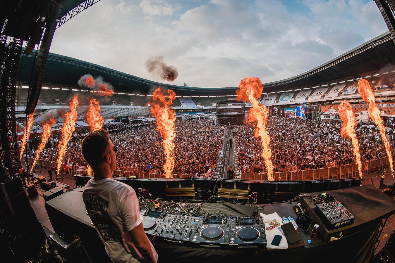 DJ Nicky Romero, toen de stadions en clubs nog vol konden