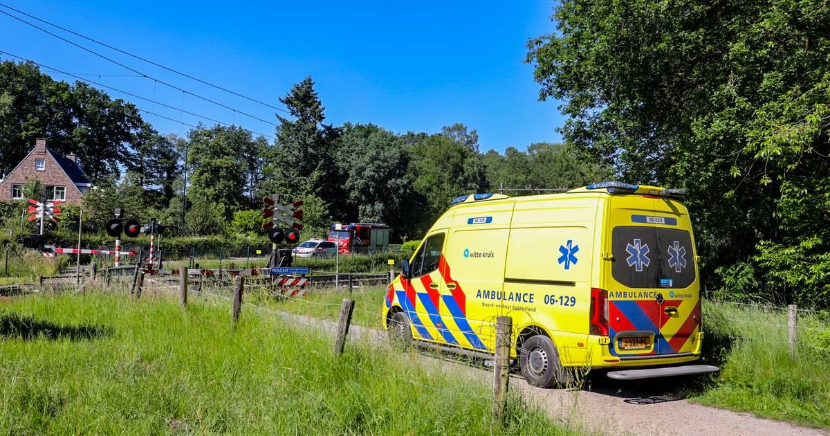 Aanrijding op het spoor: urenlang geen treinen tussen Apeldoorn en Amersfoort.