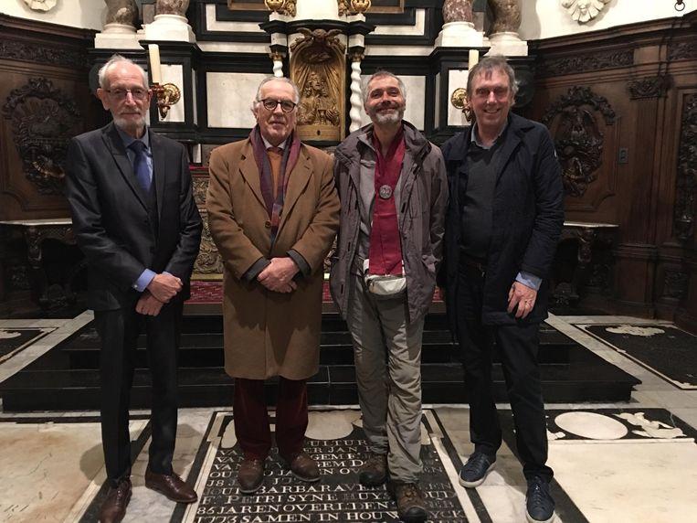 Jozef Bral, Richard Willems en Koen Van Hoof verwelkomden de pelgrim Gilles Cart-Lamy