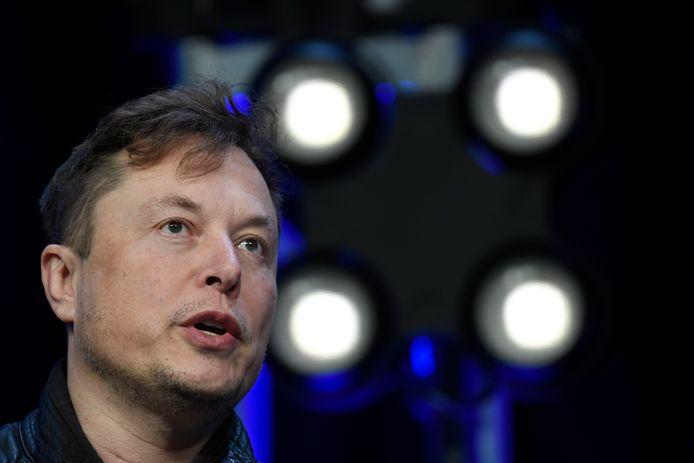 Tesla-baas Elon Musk zei bezorgd te zijn over het gebruik van fossiele brandstoffen bij het delven van de digitale munt.