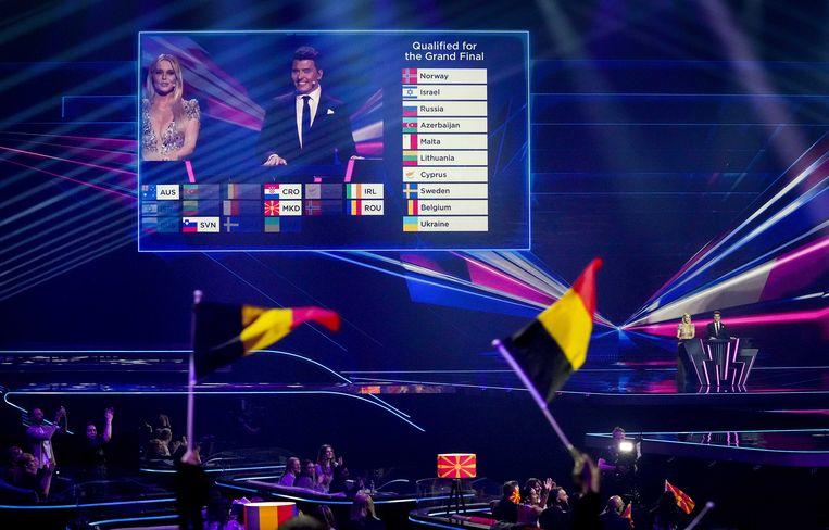 Chantal Janzen en Jan Smit tijdens de eerste halve finale van het Eurovisiesongfestival. Het liedjesfestijn wordt georganiseerd in Nederland en vindt in aangepaste vorm plaats in Rotterdam. Beeld ANP