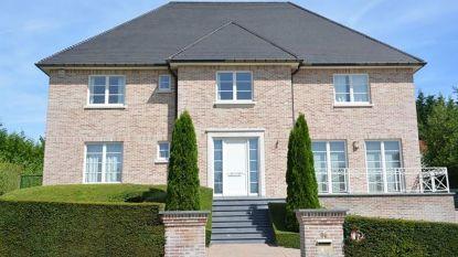 Puigdemont huurt villa in Waterloo voor 4.400 euro/maand