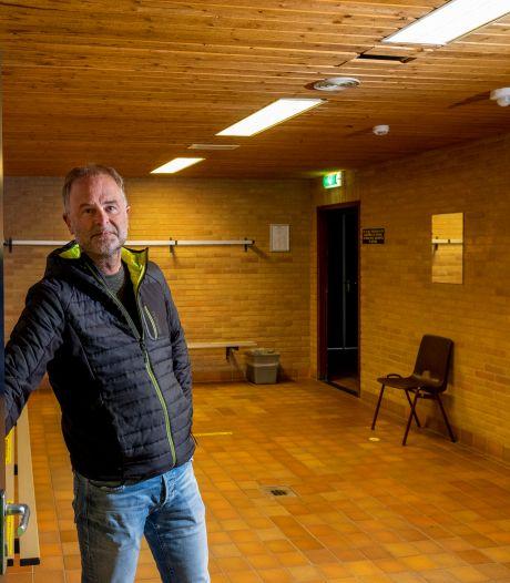 Oude Kamphal in Wezep gepimpt voor klein miljoen en turners duimen voor een eigen zaal met schuimbak