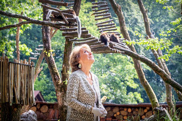 Prinses Margriet opende recent nog een nieuw gebied bij Apenheul. Door de coronacrisis kampt het Apeldoornse dierenpark met een fors financieel probleem.