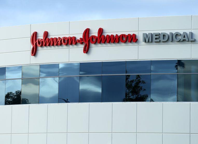 Een Johnson & Johnson-gebouw in Irvine, Californië.  Beeld REUTERS