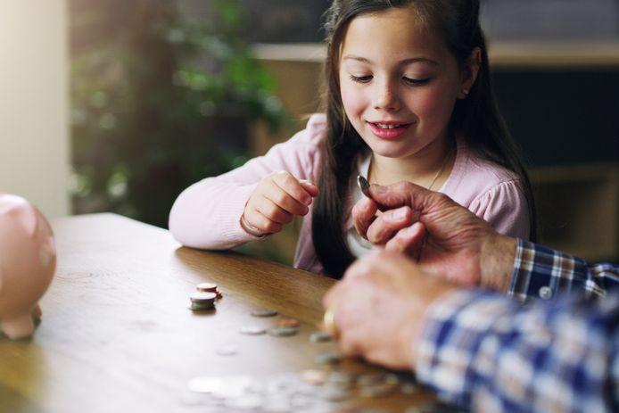 Comment expliquer la valeur de l'argent à vos enfants?