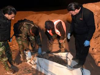 Massagraven met duizenden lijken ontdekt bij Raqqa: Human Rights Watch vraagt hulp