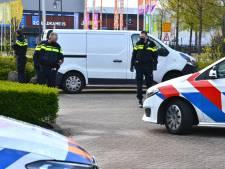 Bestelbus met pakketten cocaïne gevonden in Breda, man (29) gearresteerd