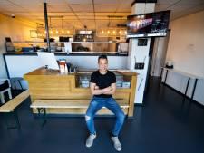 SushiSjoerd (37)begon met sushi vanuit zijn schuur en bedient nu de hele regio Eindhoven