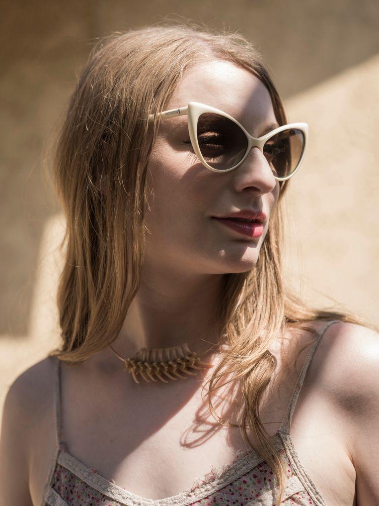 Ela Darling: 'Racistische porno zou niet bestaan, mocht de samenleving niet racistisch zijn en mochten we interraciale relaties doodnormaal vinden.' Beeld Emily Berl