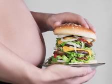Hamburger is dodelijker dan sigaret: junkfood maakt 11 miljoen doden per jaar