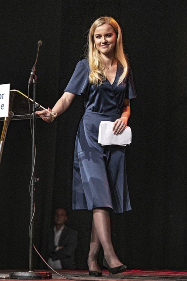 Eva Vlaardingerbroek tijdens Partijdag Forum voor Democratie in Barneveld.  Beeld Guus Dubbelman/ de Volkskrant