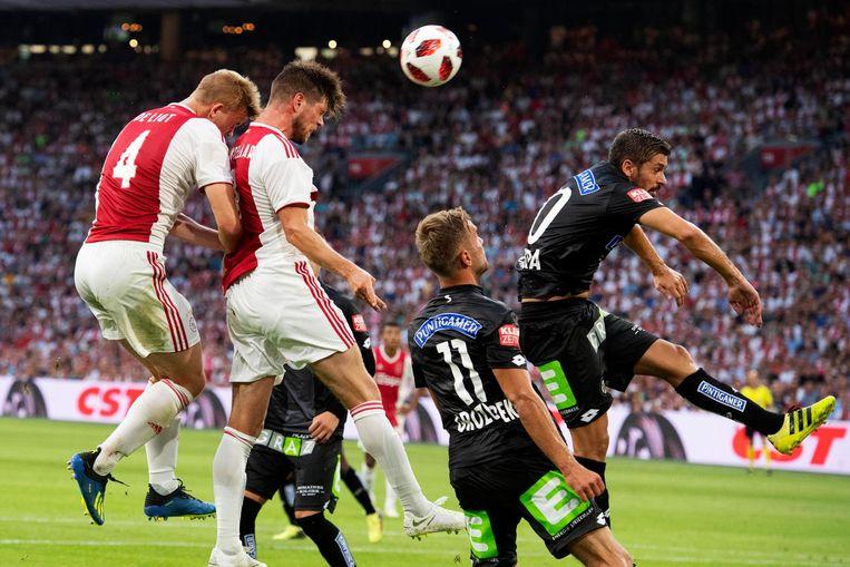 Kopkans Huntelaar tegen Sturm Graz Beeld anp