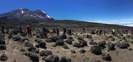 Beklimmers uit Gemert zijn op 4.600 meter hoogte van de Kilimanjaro