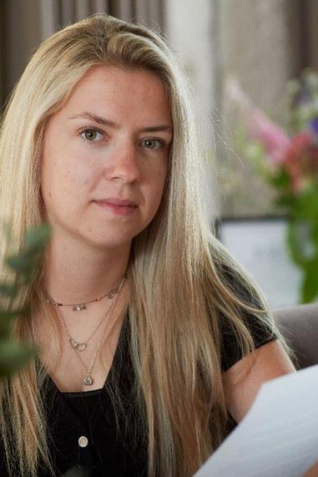 Merel uit Eerde richt zich tot provincie na ongeluk op omstreden weg waarbij haar opa overleed