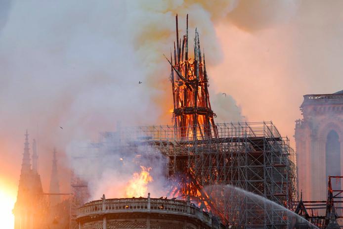 De brand in de Notre-Dame.